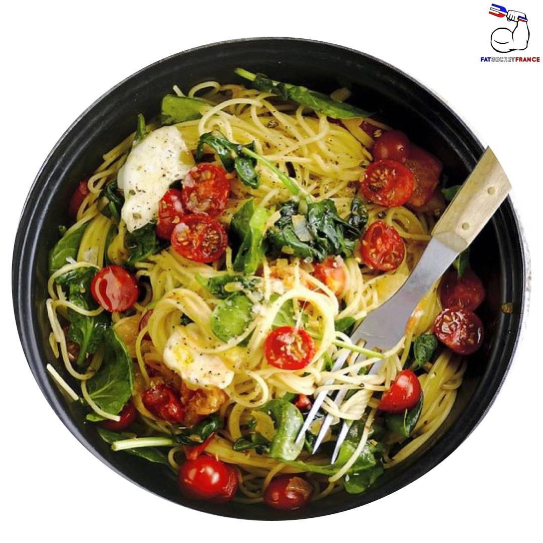 Spaghettis aux tomate cerises, épinards et mozzarella